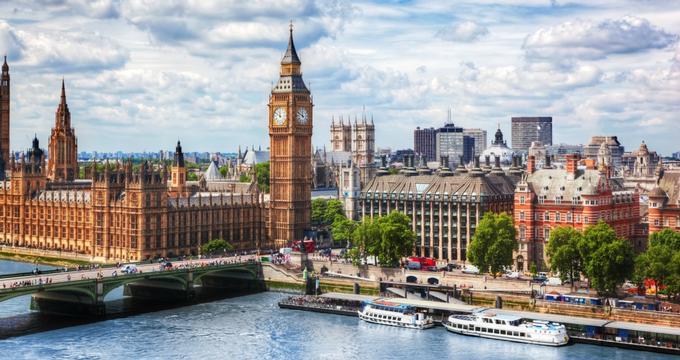 Hà Thiên Galaxy Express chuyên cung cấp các dịch vụ: gửi hàng đi Anh, chuyển phát nhanh đi Anh, chuyển hàng từ Anh, mua hộ hàng Anh